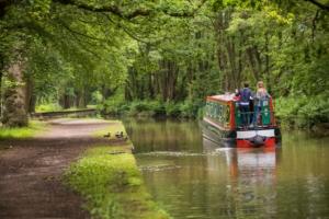 narrowboat holidays brochure