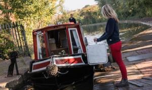 narrowboat hire holidays